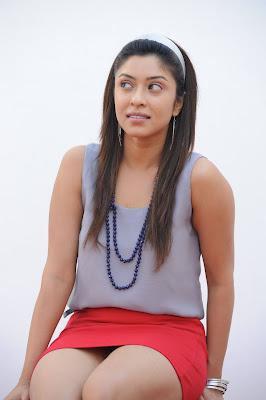 payal gosh spicy actress pics