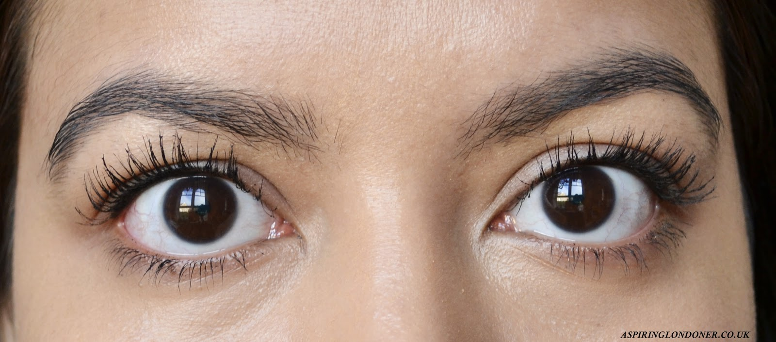 Benefit Cosmetics Roller Lash Mascara Demo - Aspiring Londoner