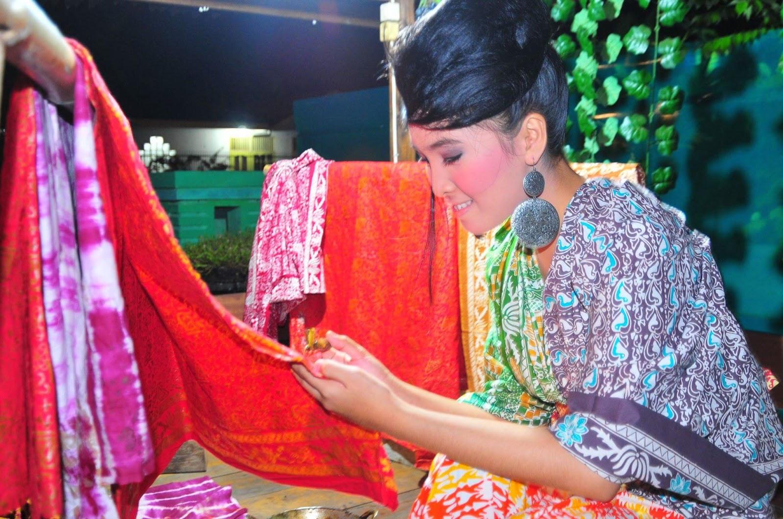 ditambahkan di motif batik batik khas kabupatn paser kalimantan timur