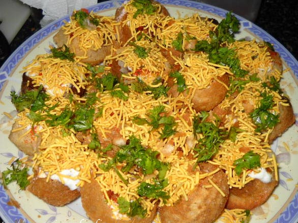 Simple indian food cooking recipes simple indian recipes simple dahi sev batata puri forumfinder Image collections