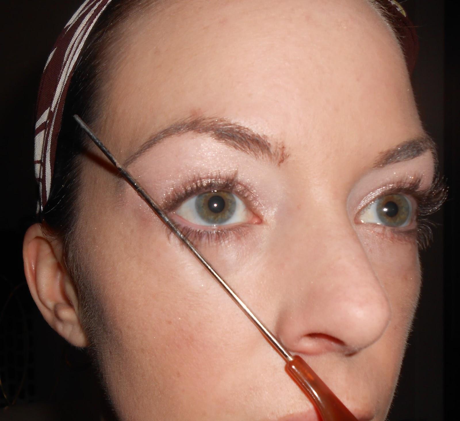 Как самостоятельно выщипать брови в домашних условиях фото
