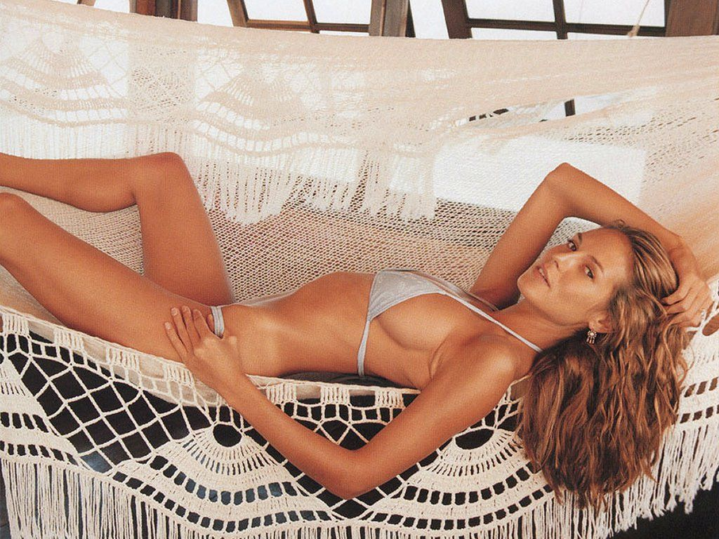 Heidi Klum Wallpaper Get some hot free nude wrestling at Jax Nude Wrestling Blog