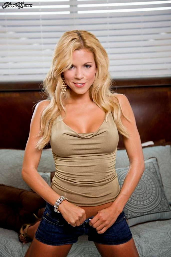 Nicole Graves Nude Photos 29