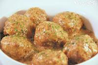 Albóndigas con salsa de almendras