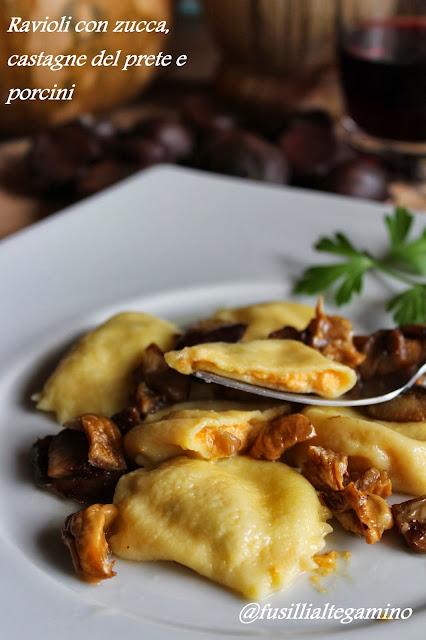 ravioli con zucca, castagne del prete e porcini
