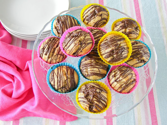 Vegan Banana and Dark Chocolate Muffins