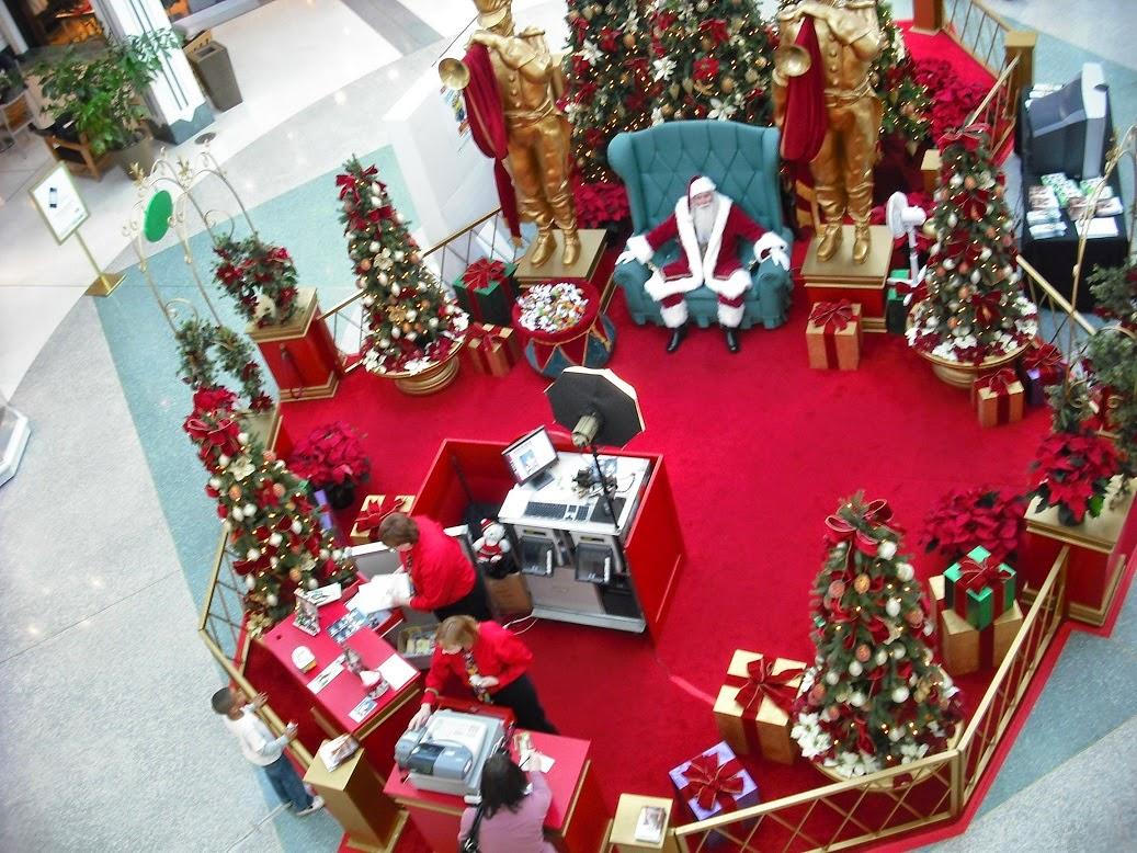 Fashion fair mall santa claus hours