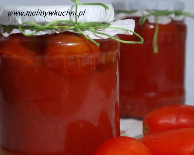 pomidory w soku pomidorowym