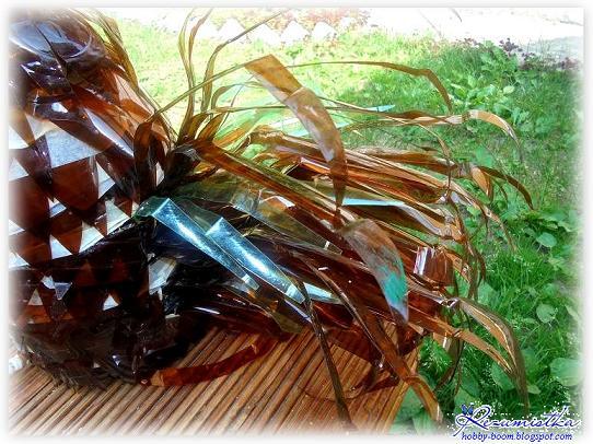 Хвост из пластиковых бутылок