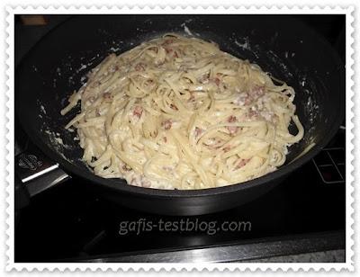 Spagetti Carbonara mit Parmesan