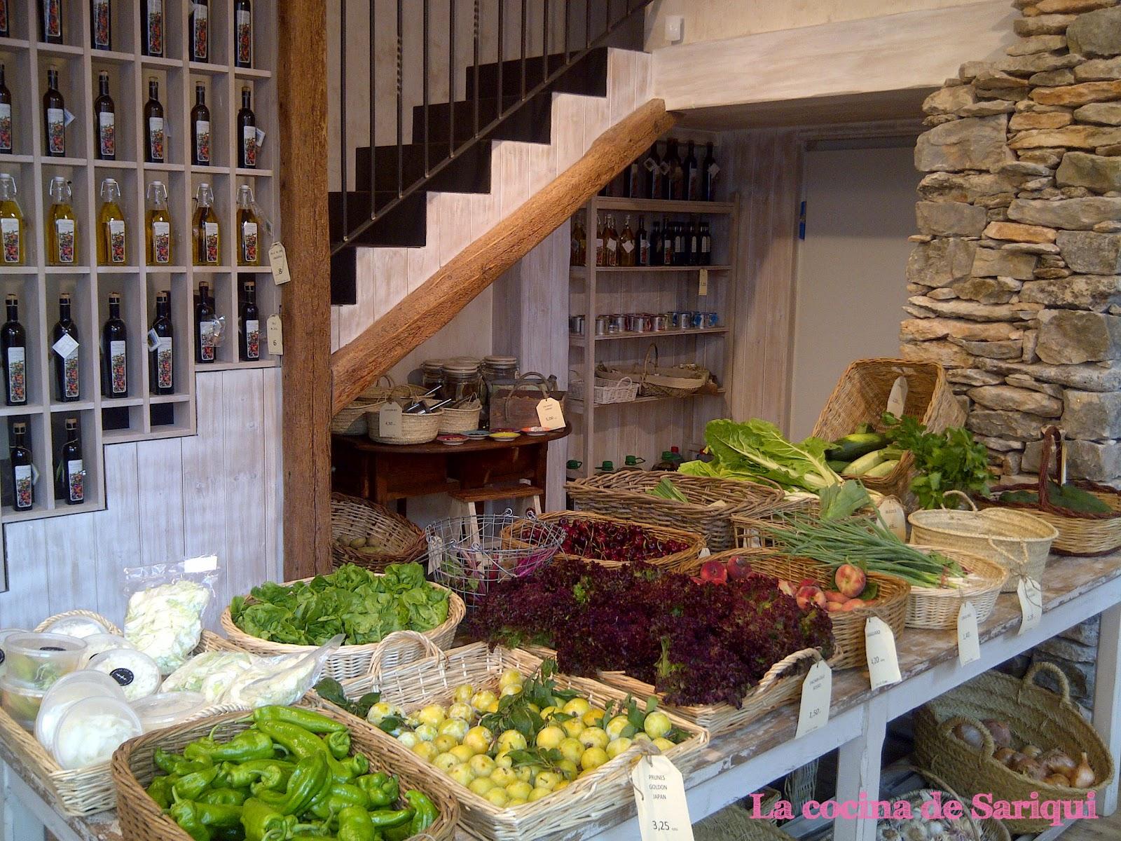 La cocina de sariqui productos naturales en temps de terra for Decoracion de fruterias