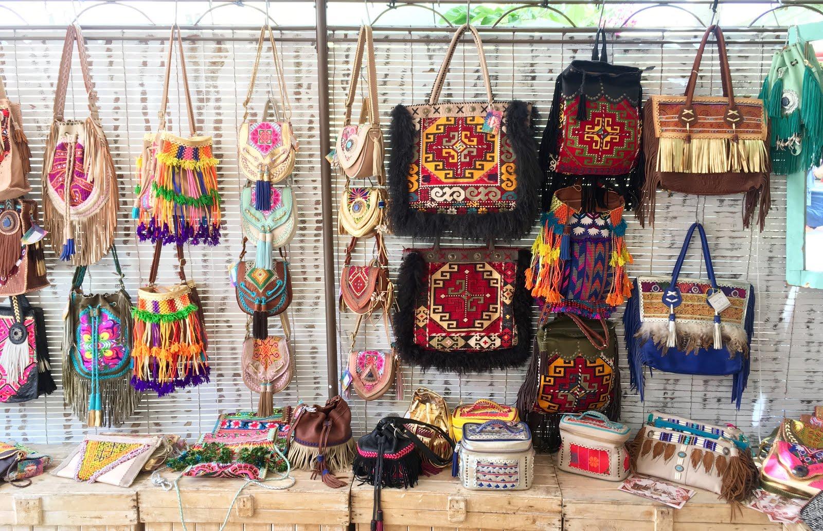 While Dolly Sleeps Las Dalias Hippy Market