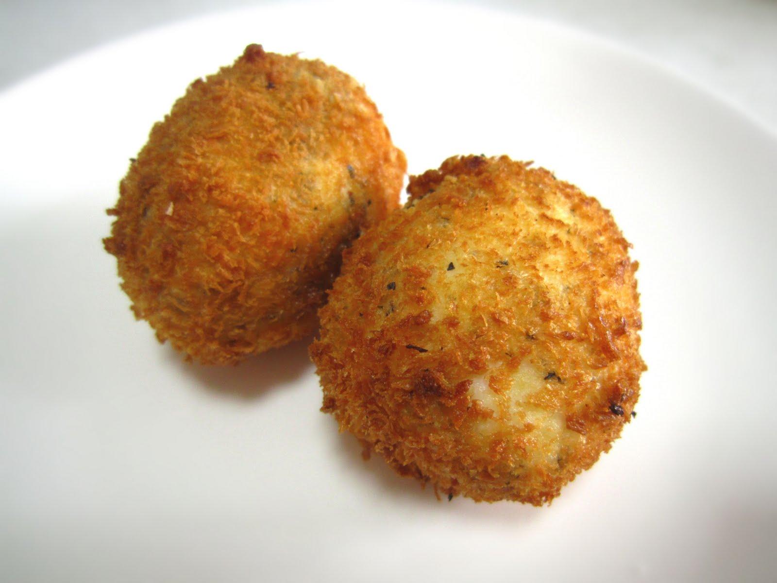 Noms I Must: Crispy Fried Soft Boiled Eggs
