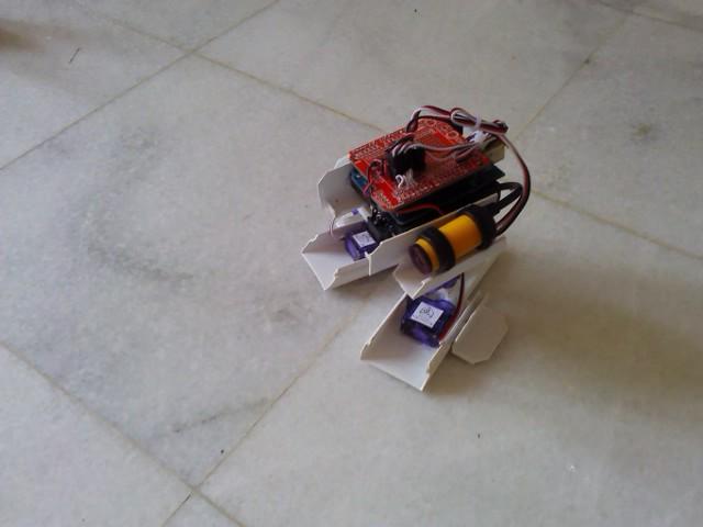 Arduino in motion servo biped robot
