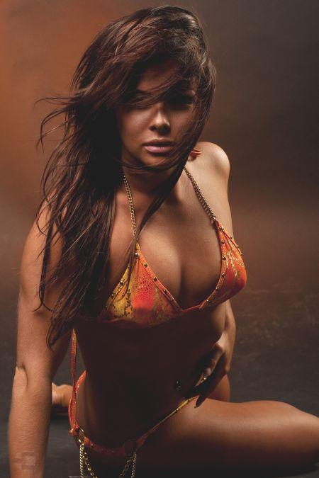 Nadi Hammouda fotografia modelos mulheres sensuais belas
