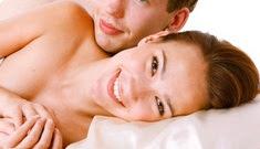 4 Bahaya Berhubungan Seks Saat Menstruasi