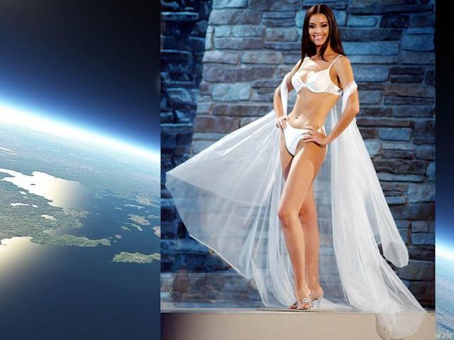Oxana Fedorova sexy in bikini
