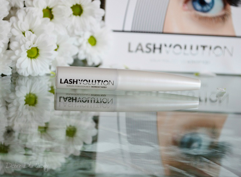 serum pobudzające wzrost rzęs LashVolution