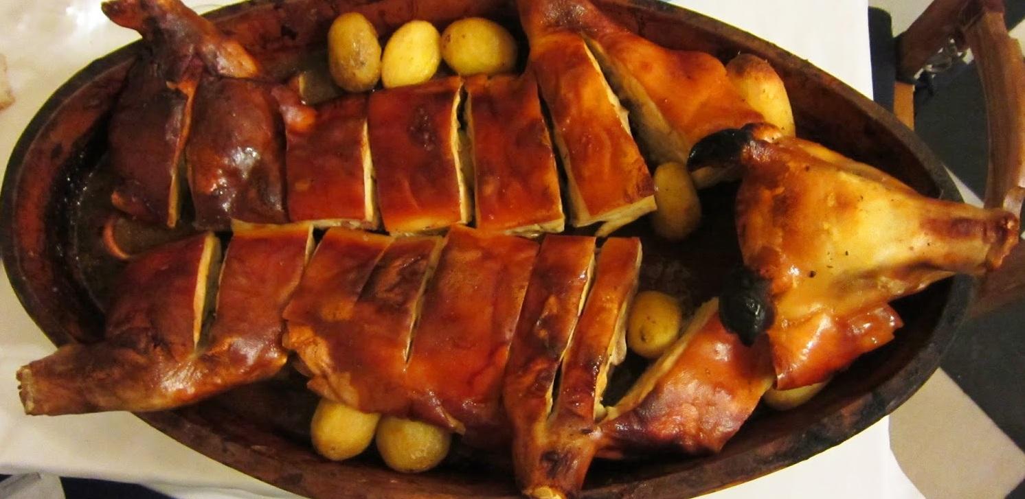 Hasil gambar untuk food Cochinillo asado