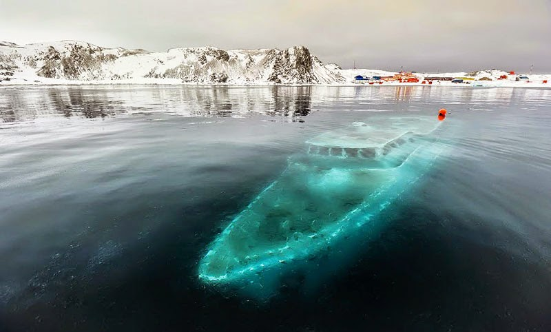 3. Mar Sem Fim, Antarctica - 11 Mindblowing Locations You Won't Believe Are Really on Earth