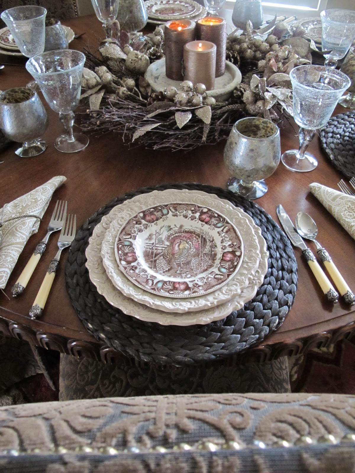 Thanksgiving Table in Champagne