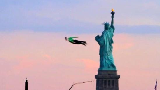 orang terbang gayat helicam