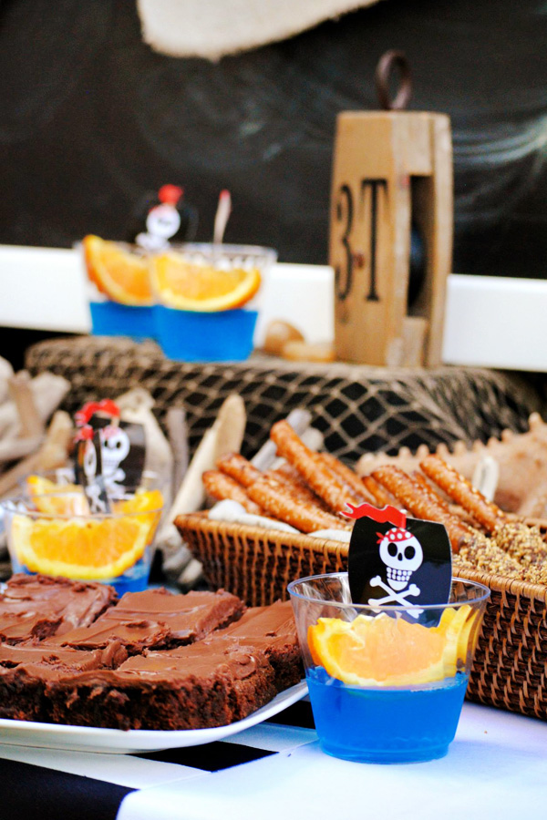 Fiesta Inspirada en el Naufragio de un Barco Pirata, Fiesta, Barco, Naufragio, Pirata, Bebe, Baby, Elzzia, lever du soleil, Ourense