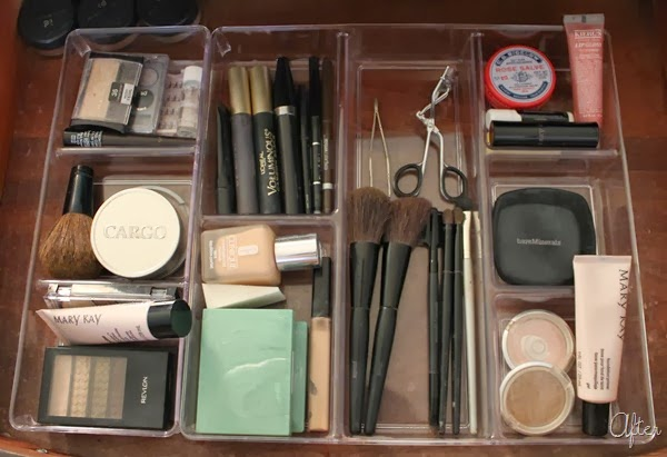 Clear drawer dividers for make up organizing :: OrganizingMadeFun.com