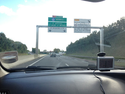 Driving on the motorway(autoroute) in France