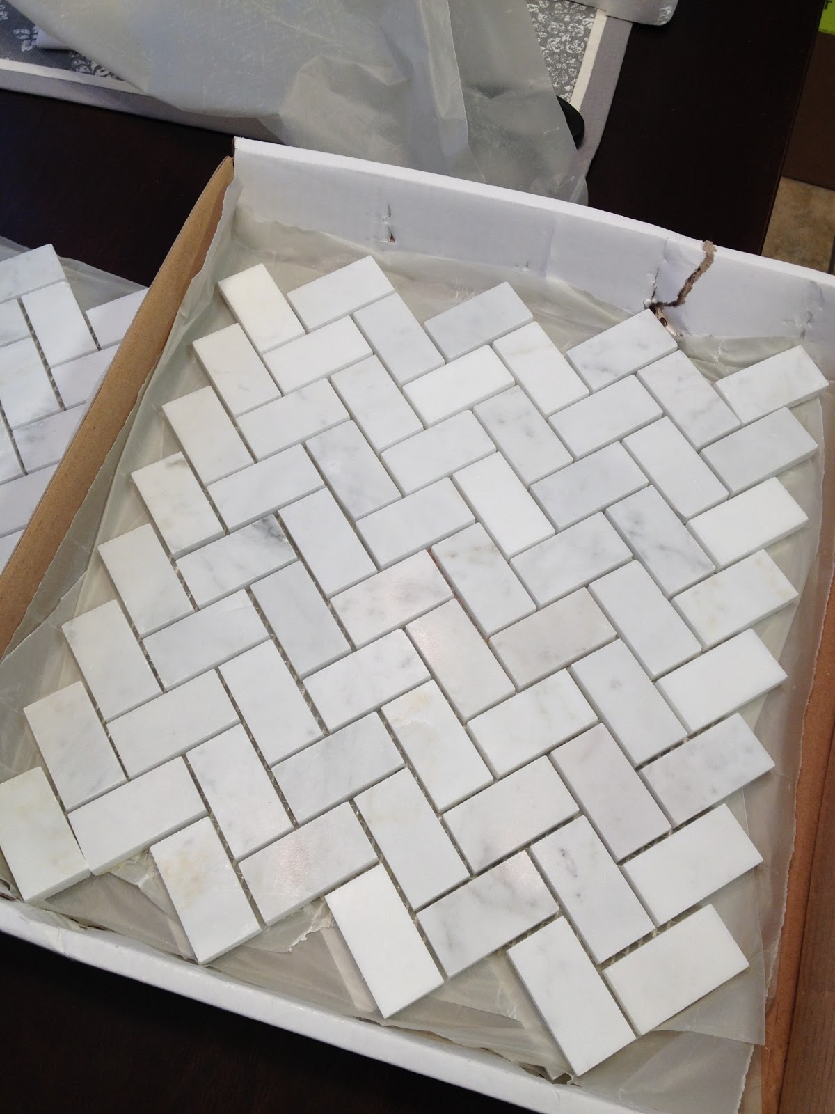 Tiling Our Backsplash Part 1