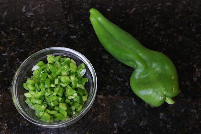 Pimiento verde italiano entero y troceado