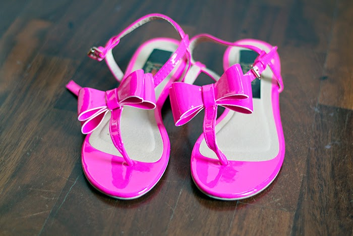 sandali fiocco rosa