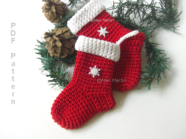 Crochet Patterns Xmas : Crochet Christmas Stocking Ornament Pattern ~ Crochet Colorful