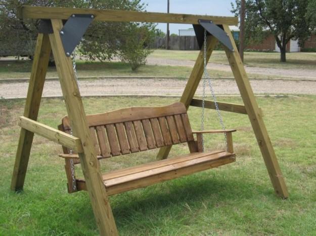 Dondolo Da Giardino In Legno : Costruire un dondolo in legno per il giardino il fai da te