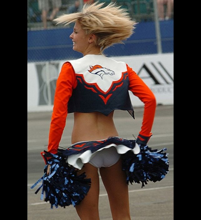 Apologise, but, denver bronco cheerleaders naked