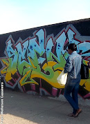 Comum aos grandes centros urbanos após a década de 1970, os grafites, .