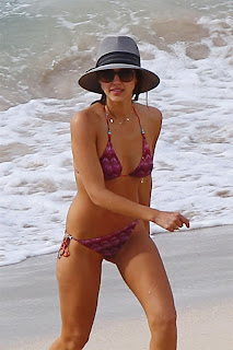 Jessica+Alba+with+Nicole+Richie+ ++Purple+Bikini+ +St+Barts+ +05.04.2013+ +156hq+45 Jessica Alba with Nicole Richie in Purple Bikini Candids in St Barts