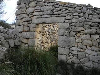 Rudere in pietra