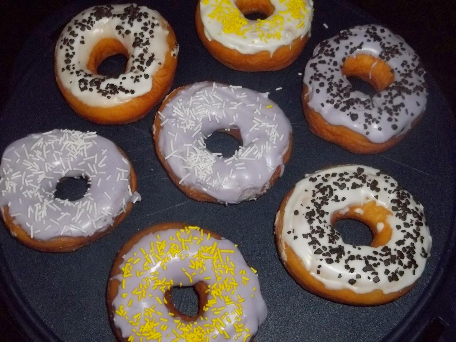 .. i miei donuts glassati con il bimby ..