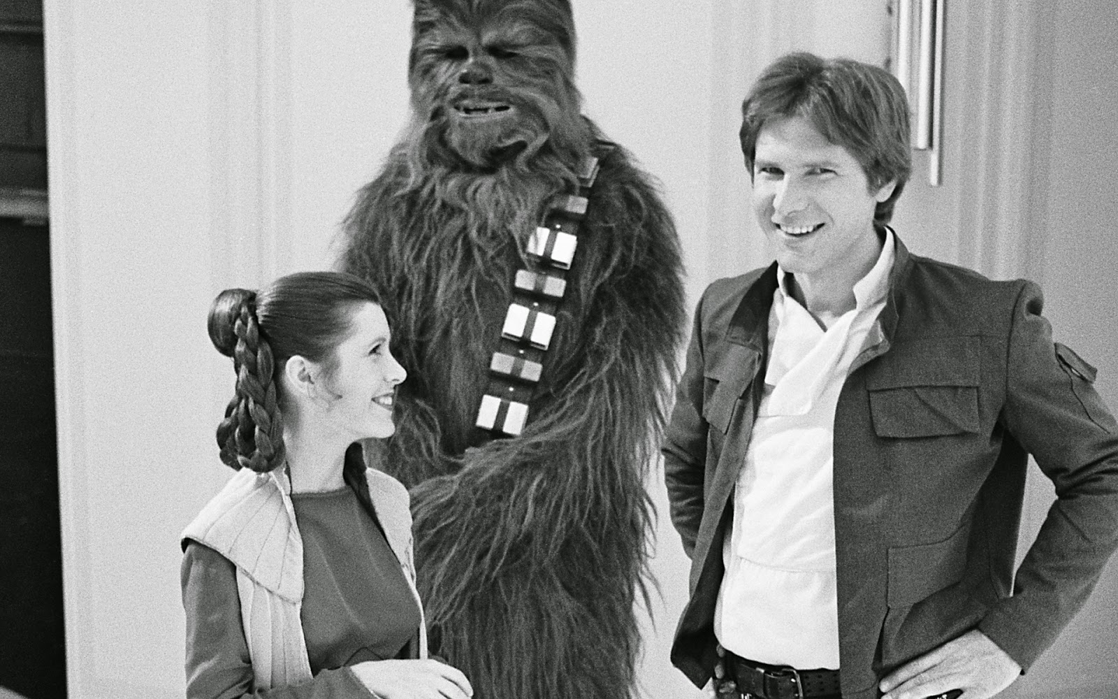 Rumor Description of Han Solo Princess Leia and Chewbacca in their u0027The Force Awakensu0027 Costumes  sc 1 st  The Star Wars Underworld & Rumor: Description of Han Solo Princess Leia and Chewbacca in ...