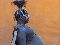 Di Suku Ini, Pria Perut Buncit Jadi Idaman Para Wanita