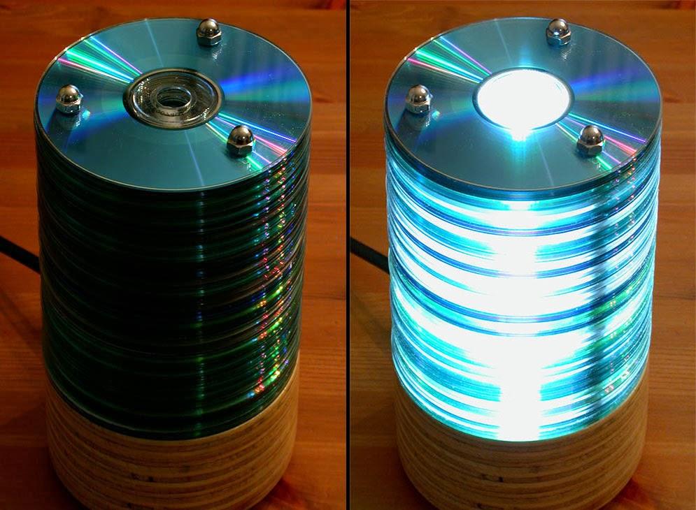 Ingeniando como hacer una lampara con cds - Como hacer una lampara de mesa casera ...