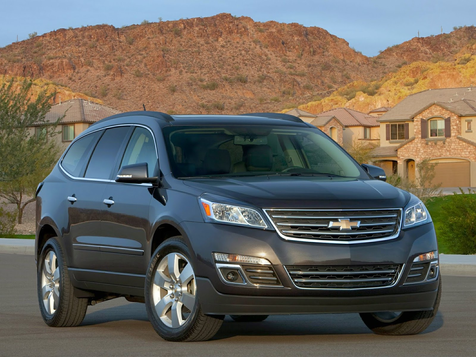 Chevrolet Traverse Makes 10 Best Family Cars List