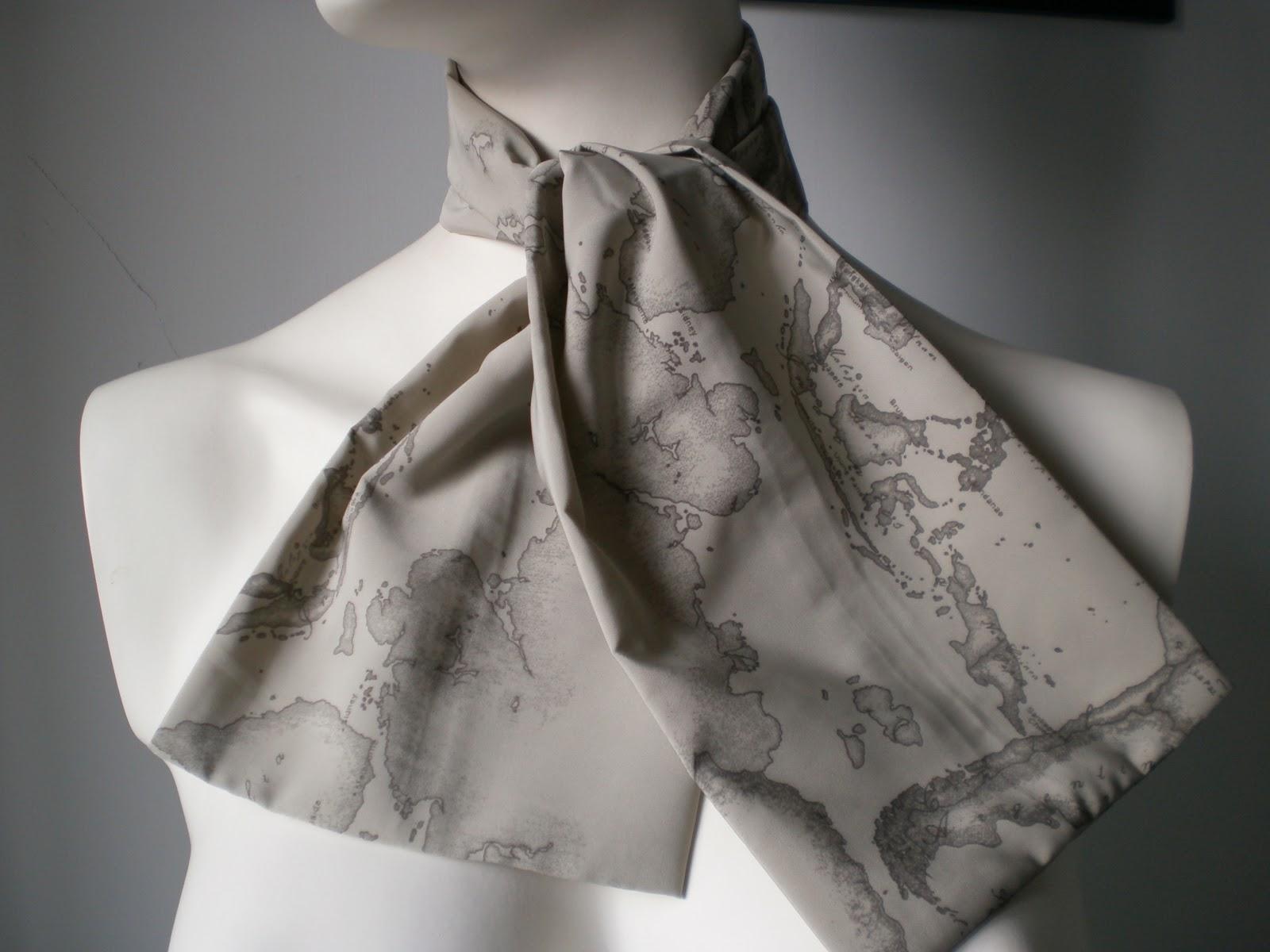 Silvana accessori moda foulard alviero martini prima classe - Costumi da bagno alviero martini ...