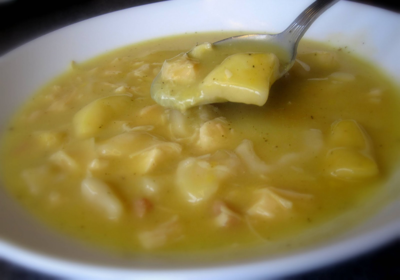 Daily*Dishin: Cheaters Chicken and Dumplings