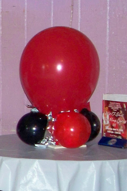 Balloon Centerpiece Ideas5