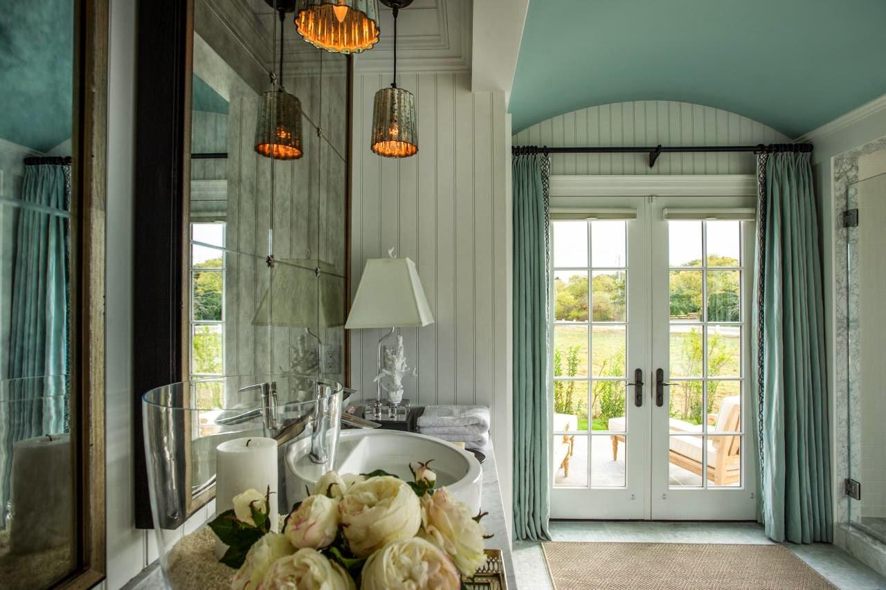 Este banheiro que vi pela primeira vez no blog da Lu Cunha atende o  #634B28 1280x853 Banheiro Com Banheira Metragem