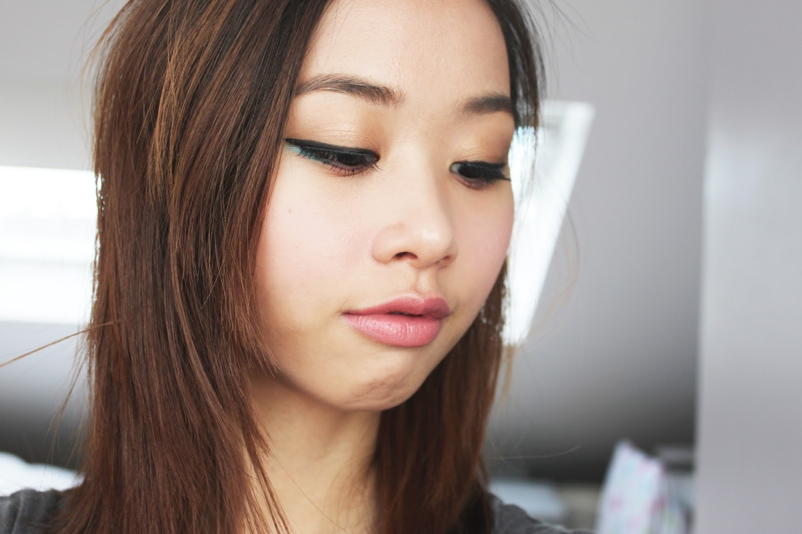 Park Bom Inspired Make Up From Come Back Home Mv The Beauty Show
