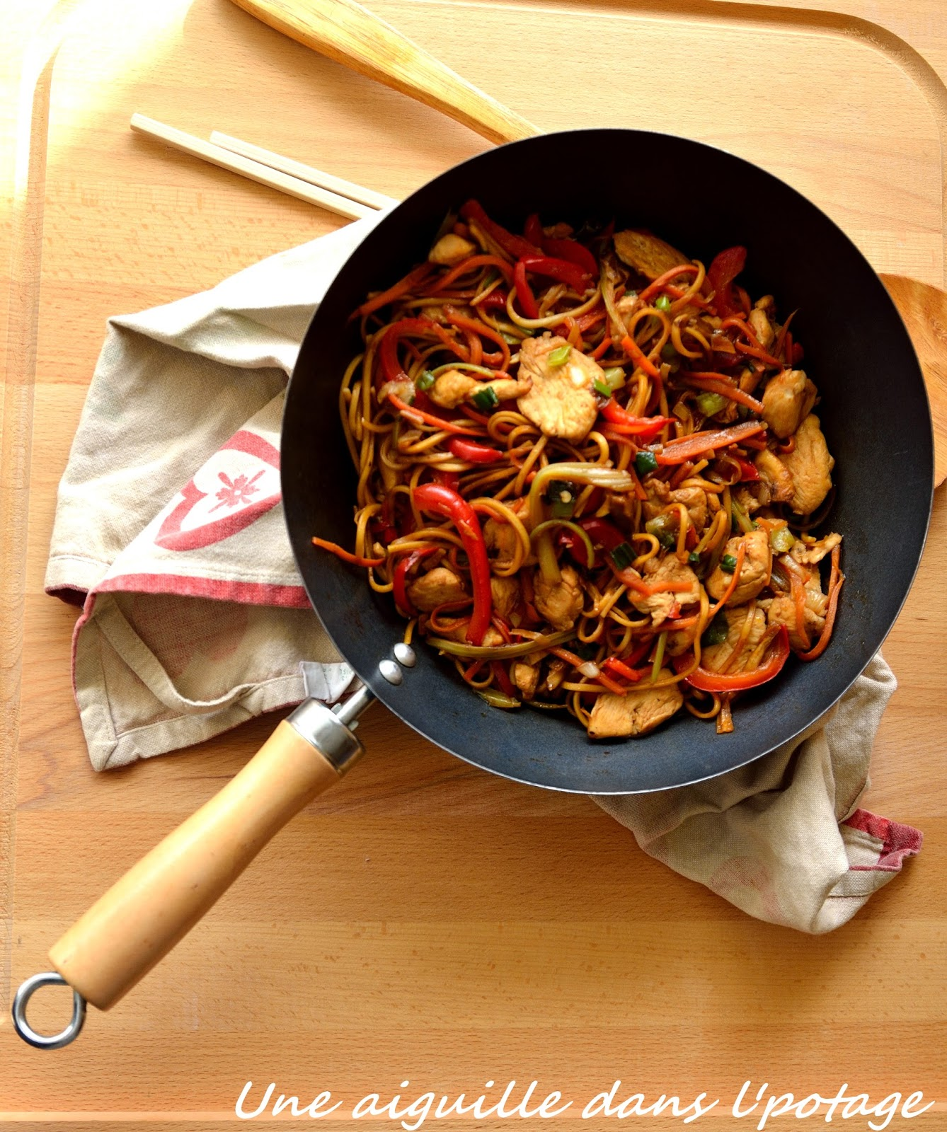 Une aiguille dans l 39 potage chow mein au poulet - Cuisine chinoise recette ...