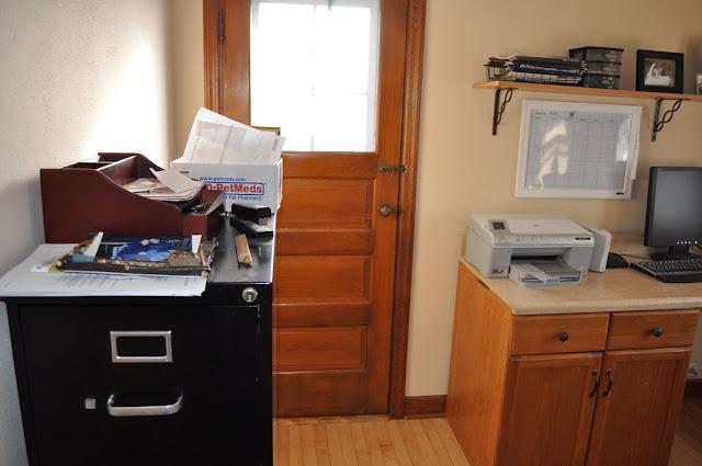 office, redo, paint, stain, polyurethane, DIY, desk